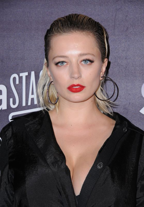 Caroline Vreeland – Honda Stage Celebrates the mMsic of FOX's Star in Burbank 3/14/ 2017