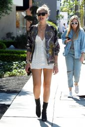 Chiara Ferragni Shows Off Her Long Legs at Cafe Zinque in West Hollywood 3/28/2017