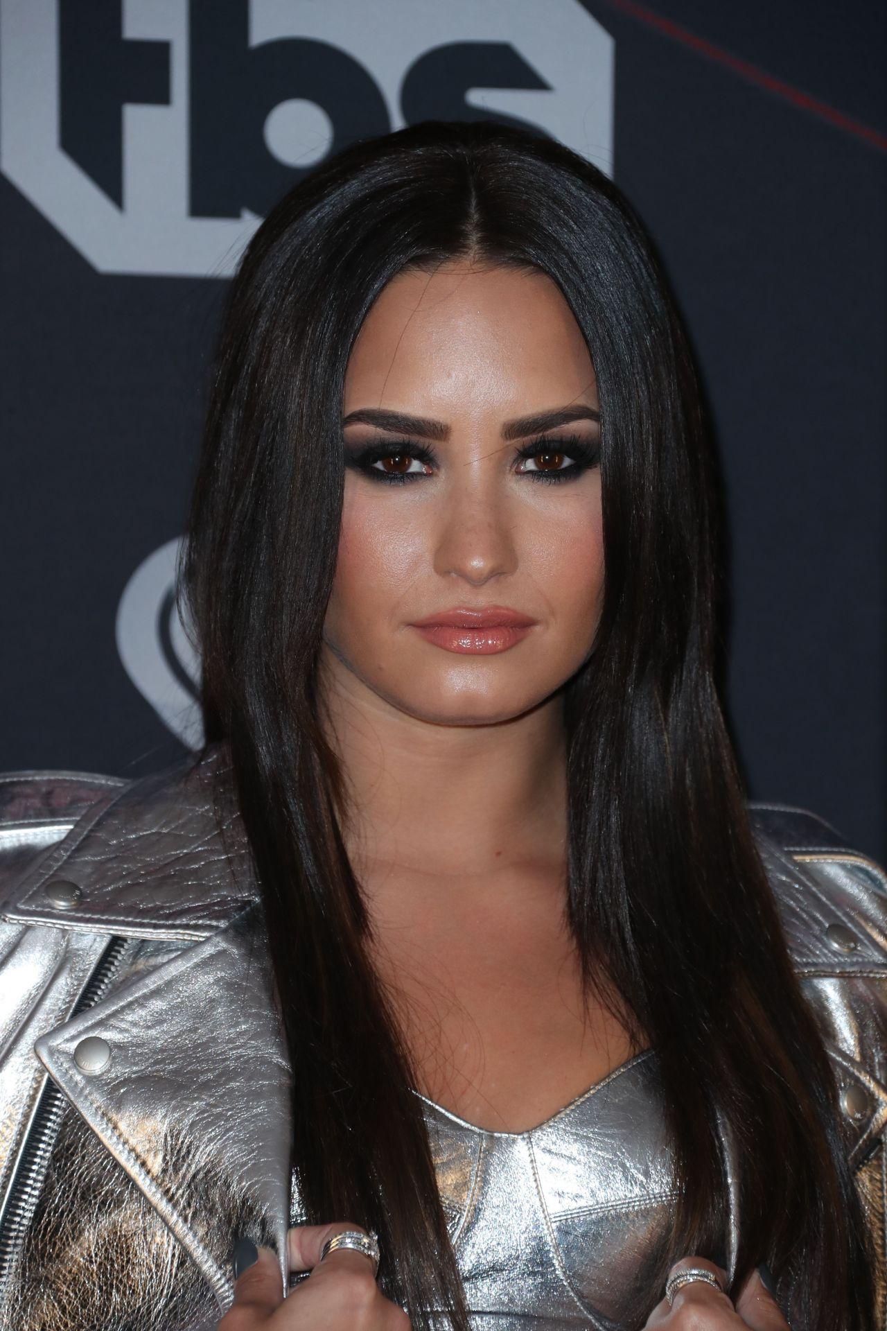 Demi Lovato – iHeart...
