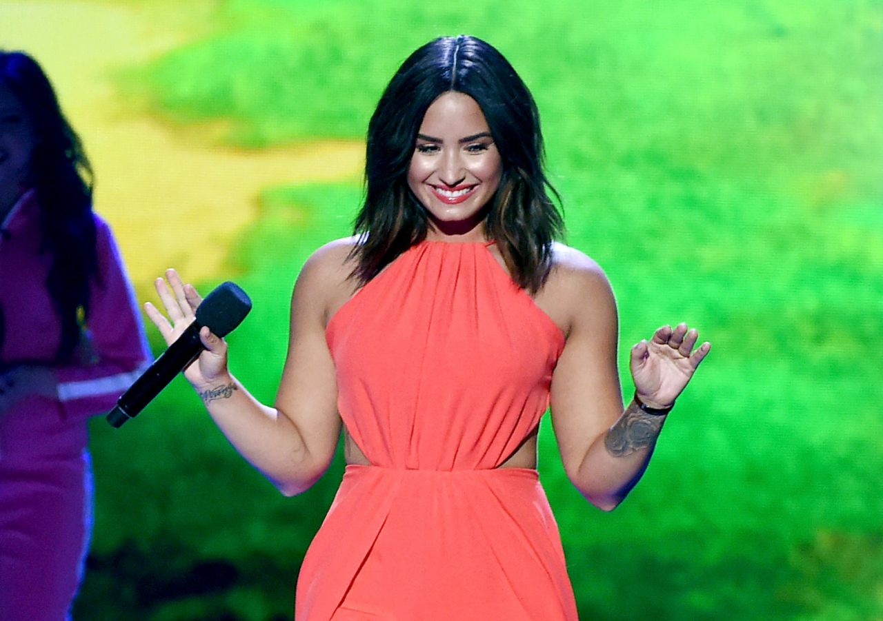Demi Lovato Nickelodeon Kids Choice Awards Los Angeles 30 Nickelodeons