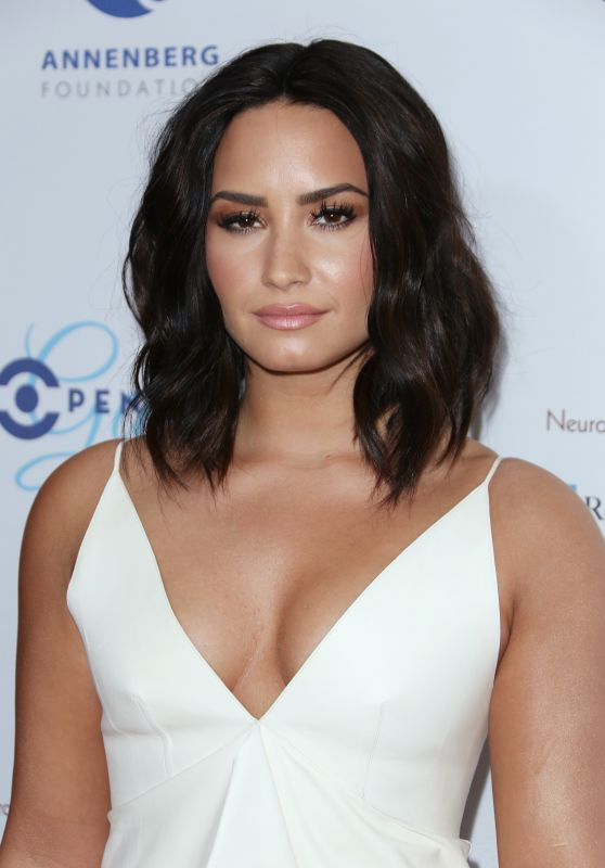 Demi Lovato - Open Mind Gala in Los Angeles 3/22/ 2017