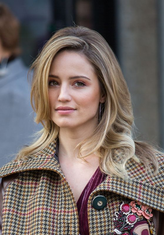 Dianna Agron At Paris Fashion Week Miu Miu Show 3 7 2017