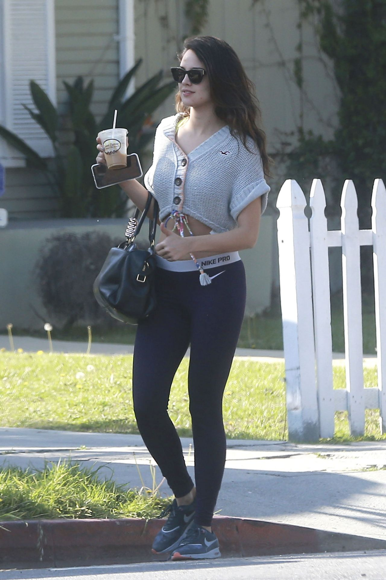 Eiza gonzalez in tights at cafe gratitude in los angeles naked (23 photo), Twitter Celebrity pic