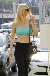 Elle Fanning in Workout Gear - Hollywood 3/17/ 2017