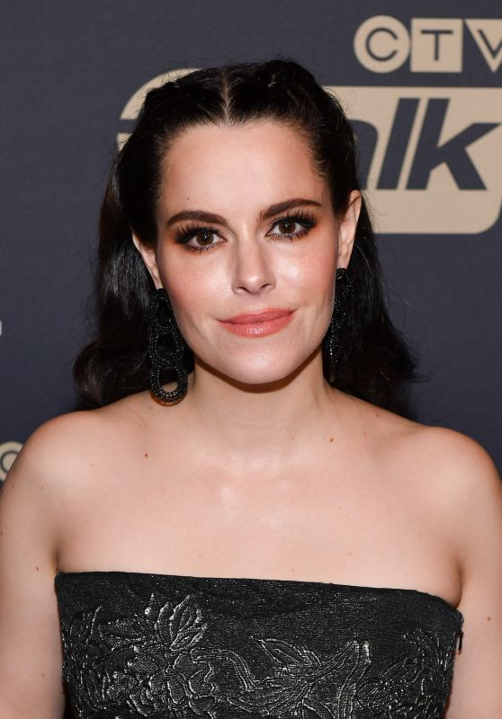 Emily Hampshire – Academy of Canadian Cinema & Television's 2017 Canadian Screen Awards