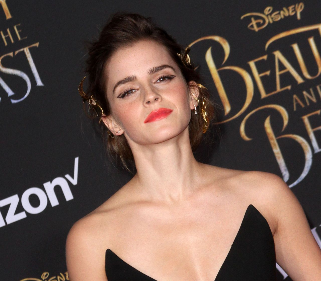 emma-watson-at-beauty-and-the-beast-premiere-in-los-angeles-3-2-2017-5.jpg