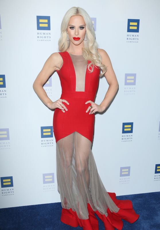 Gigi Gorgeous – Human Rights Campaign Gala Dinner in Los Angeles 3/18/ 2017