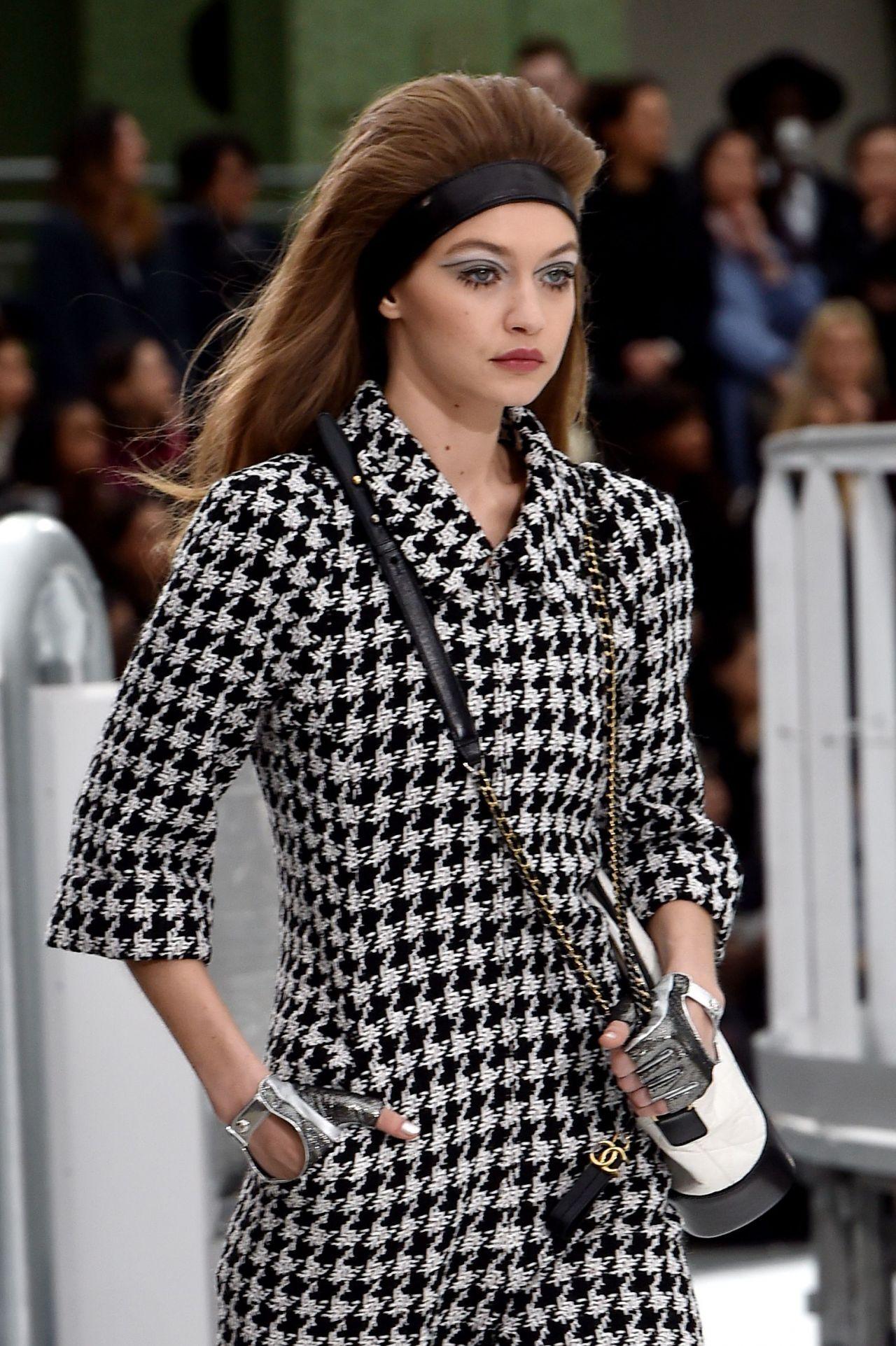 Gigi hadid walks chanel show paris fashion week 3 7 2017 for Gigi hadid fashion week