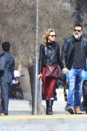Hilarie Burton and Her Husband Jeffrey Dean Morgan Stroll in the Beach in Barcelona 3/13/ 2017