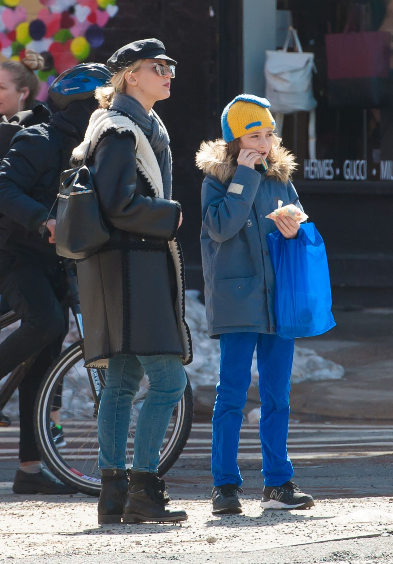 Jennifer lawrence take her boyfriends son for a walk in nyc