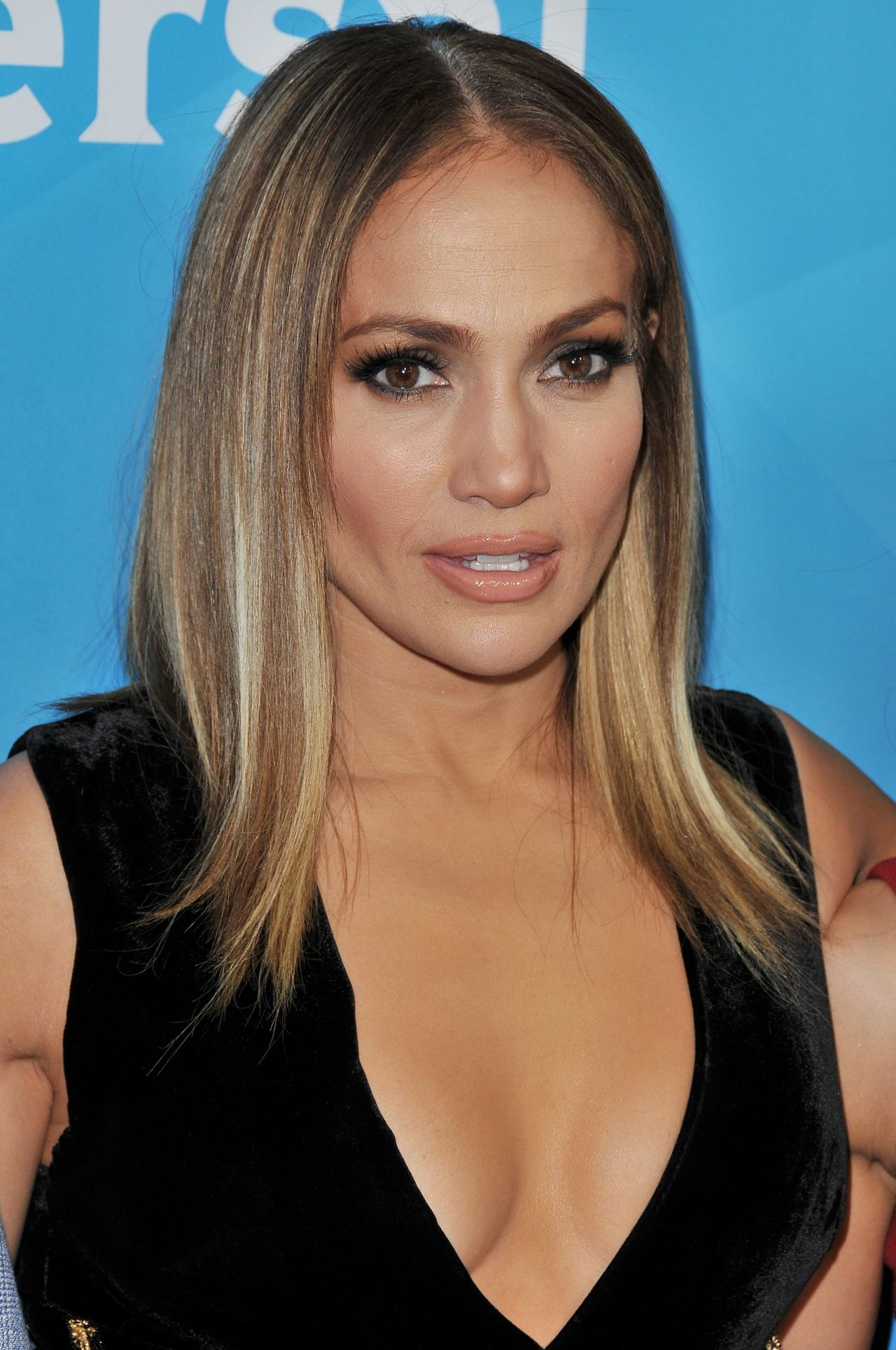 Jennifer Lopez - NBCUniversal Summer Press Day in Beverly ... Jennifer Lopez