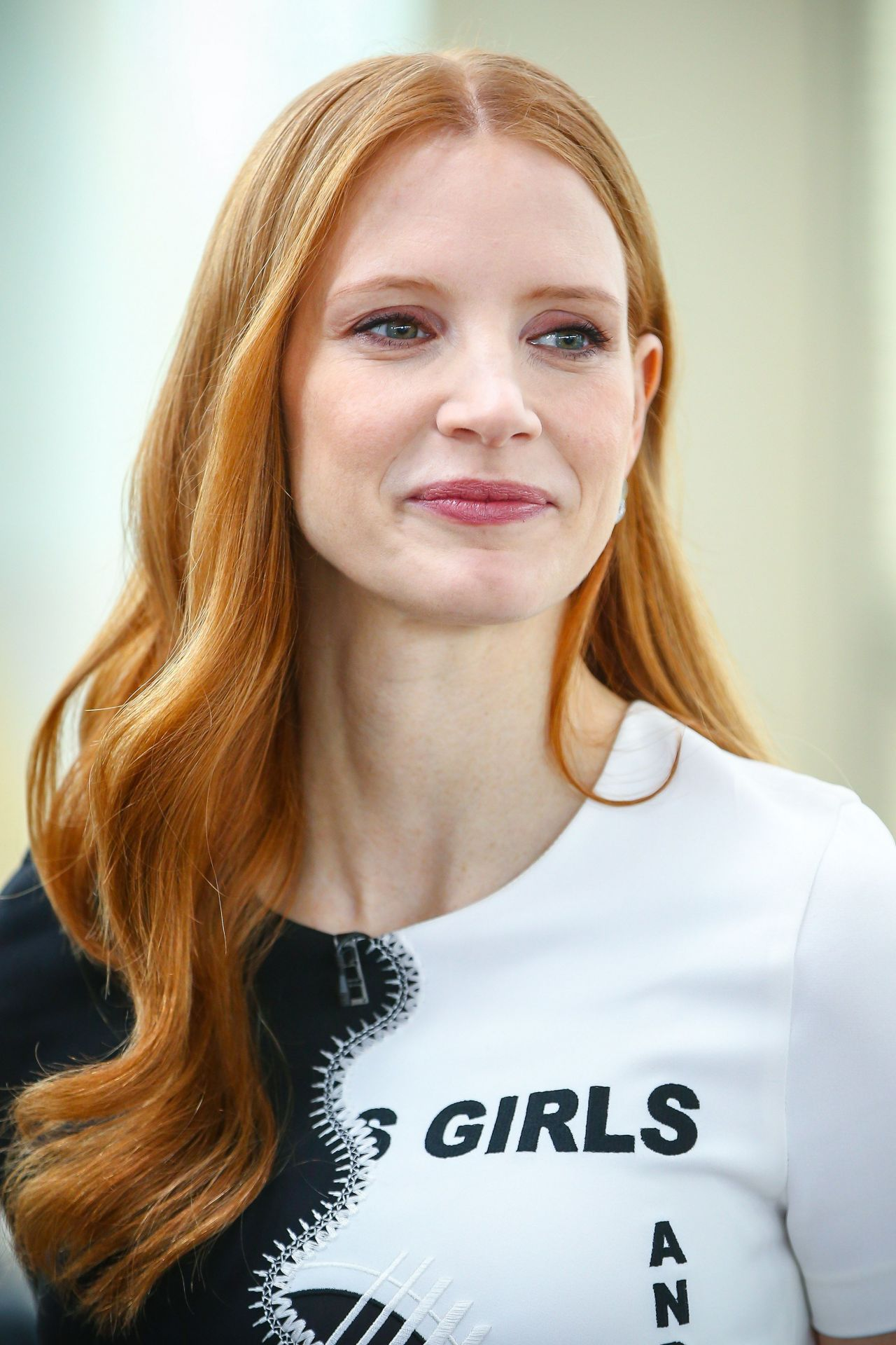 Jessica Chastain Appeared On Dzien Dobry Tvn Tv Show In Warsaw 3 6 2017