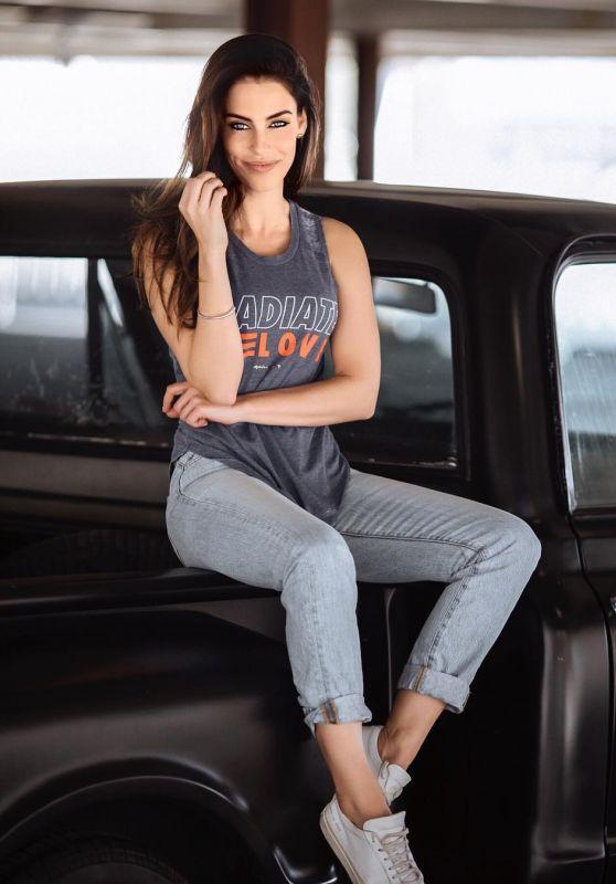 Jessica Lowndes Pics, Celebrity Social Media 3/8/ 2017