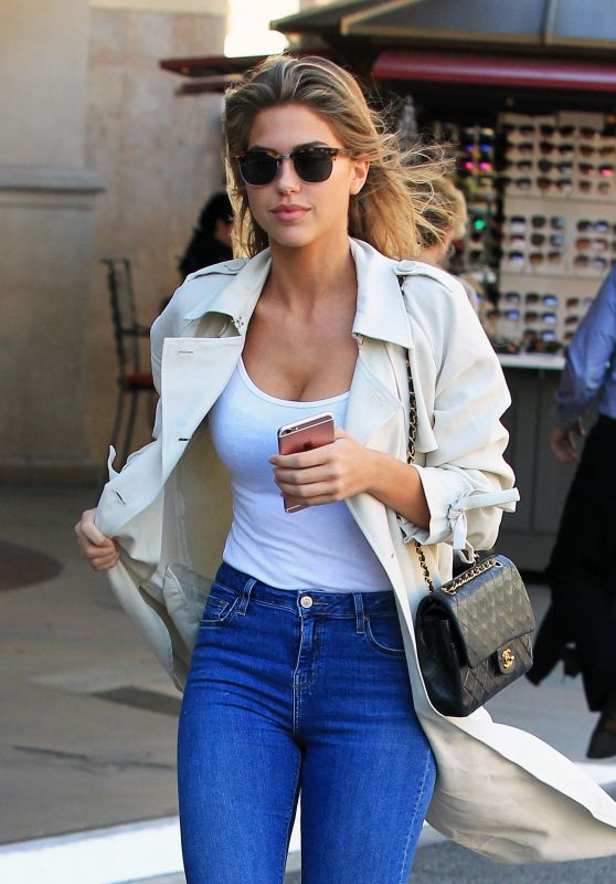 Kara Del Toro Looks Stylish - Shopping at the Grove in Hollywood 3/27/2017