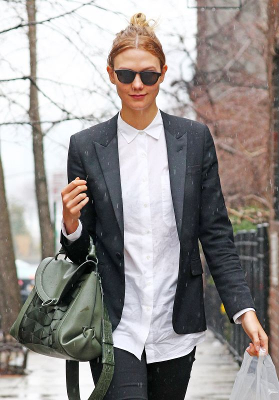 Karlie Kloss in the Rain in New York 3/28/2017