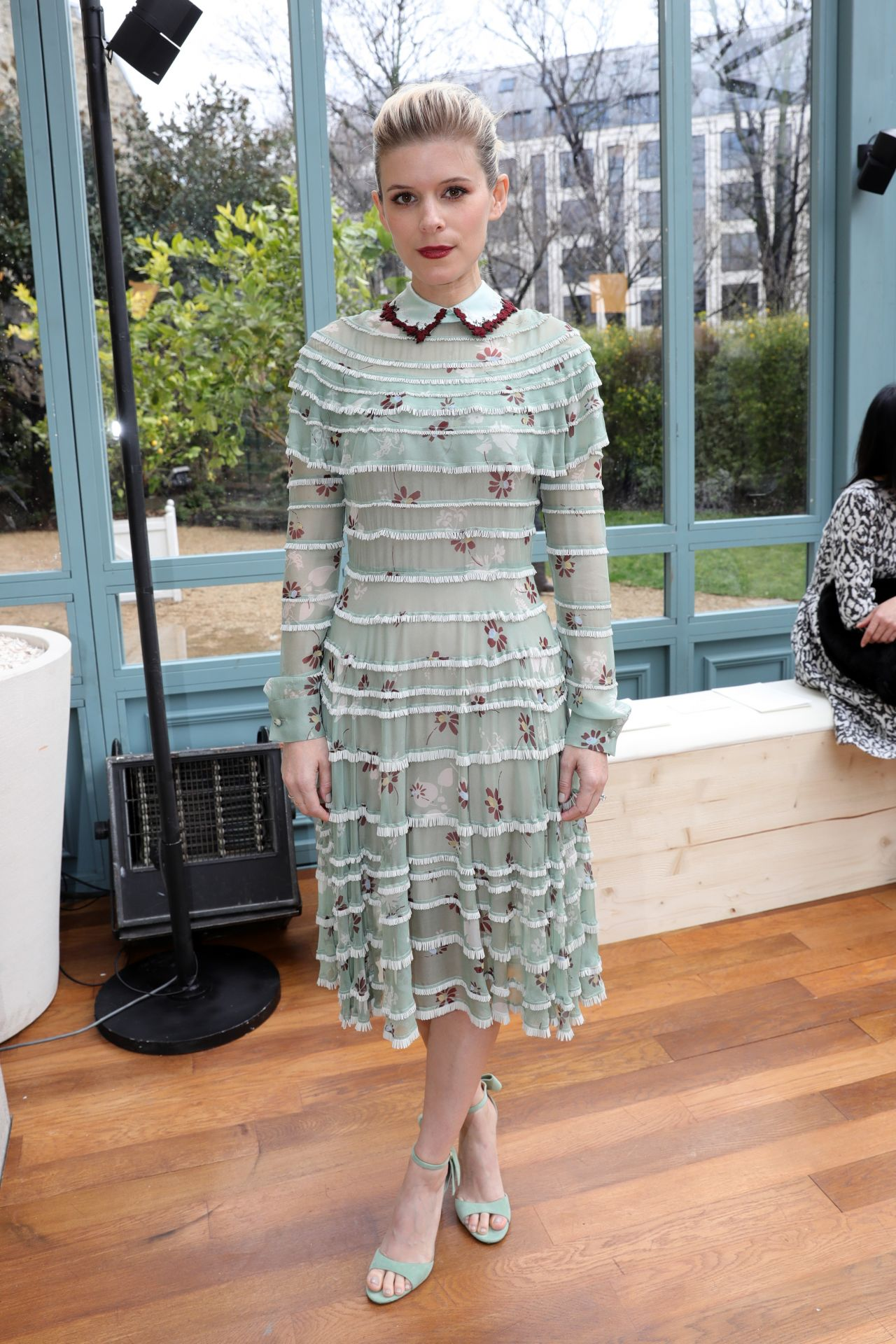 Картинки по запросу Kate-Mara:-Valentino-Show