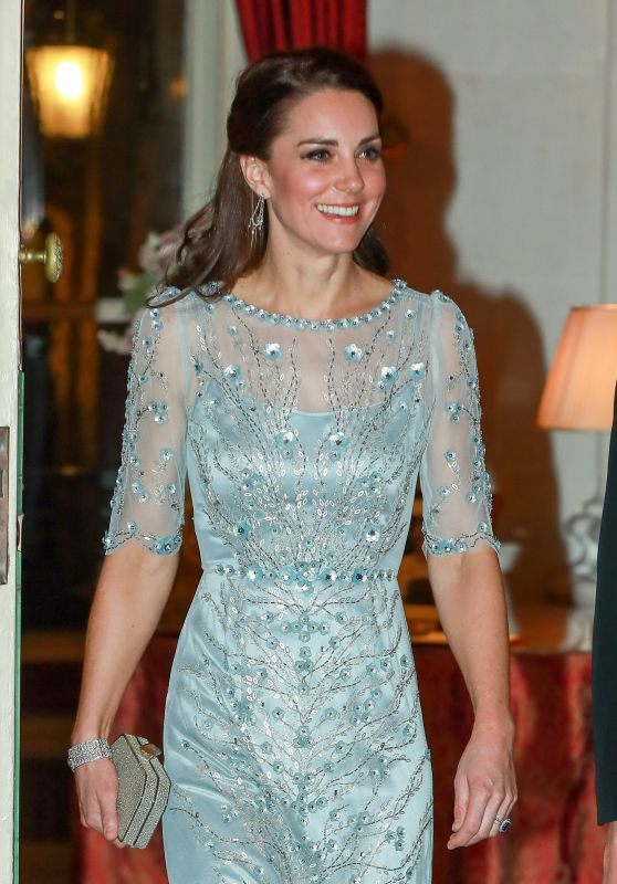 Kate Middleton Attend a Dinner at the British Embassy in Paris 3/17/ 2017