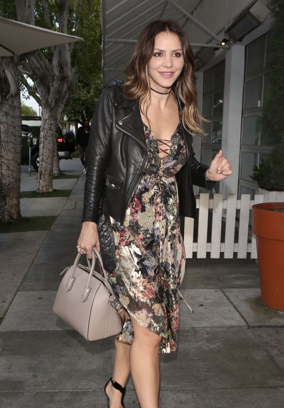 Katharine McPhee Style - Arrives to Fig & Olive in West Hollywood 3/26/2017