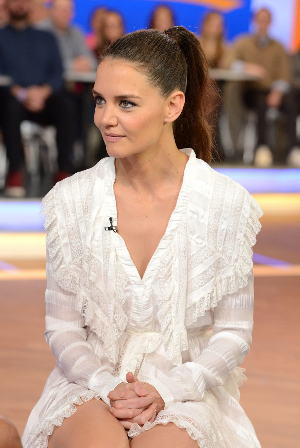 Katie Holmes - Good Morning America in NYC 3/29/2017 Katie Holmes Pregnant