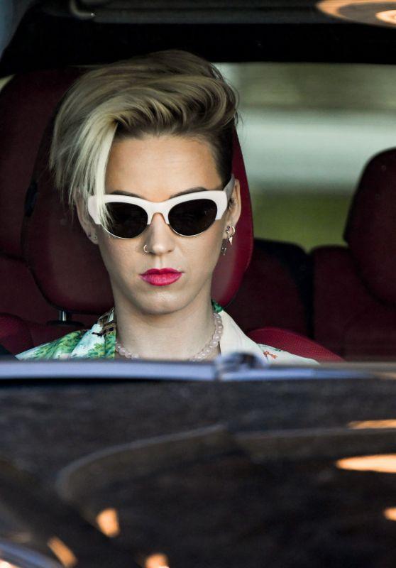 Katy Perry - Leaves Photo Studio in Los Angeles 3/28/2017