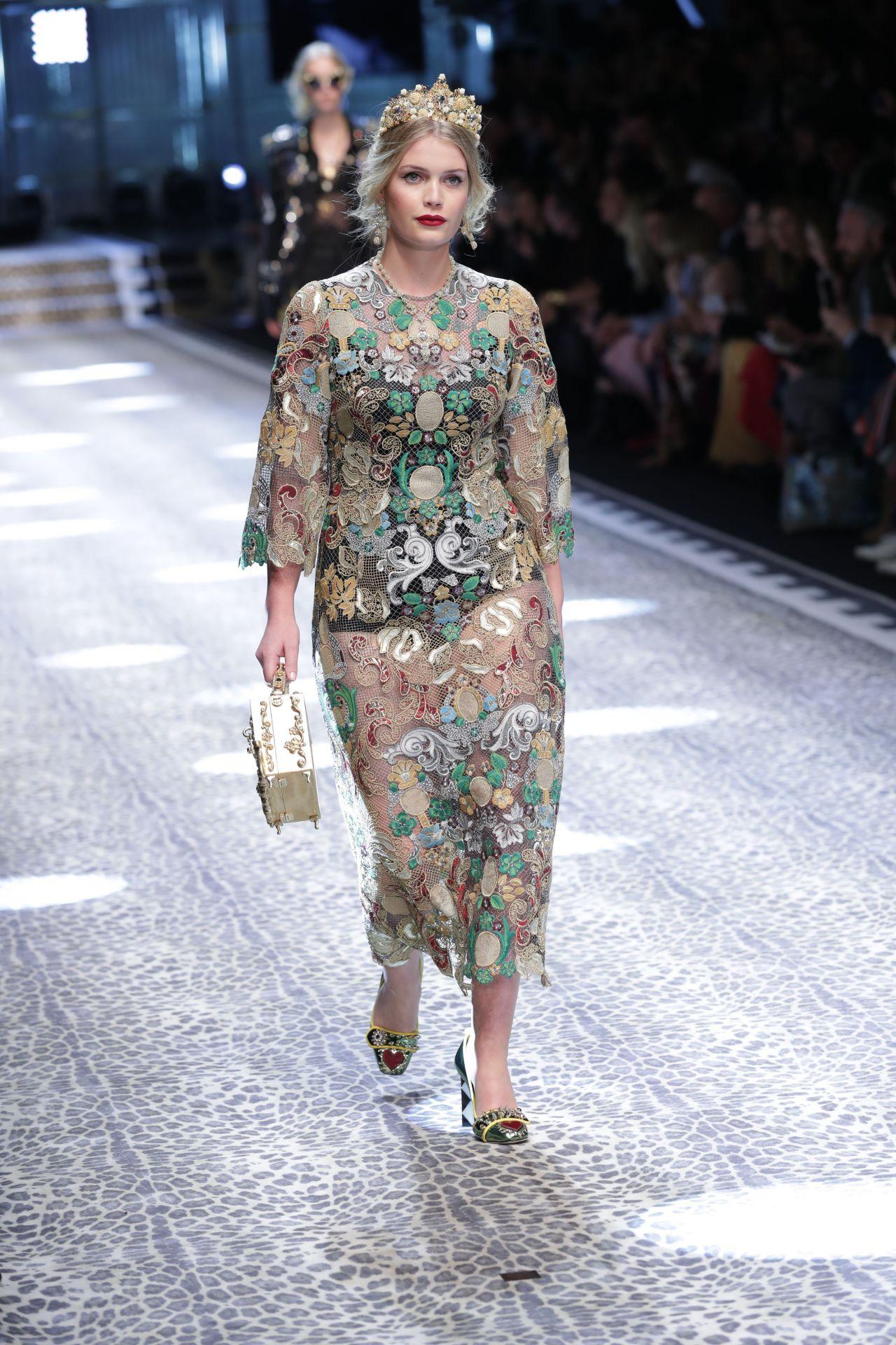 Kitty Spencer – Dolce Gabbana Show Runway on Milan fashion ...