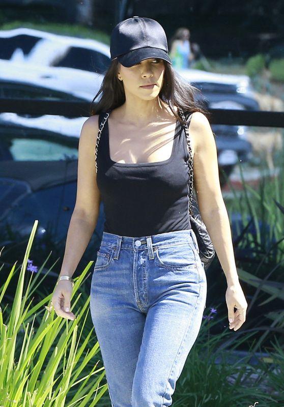 Kourtney Kardashian Leaving a Studio in Calabasas 3/29/2017