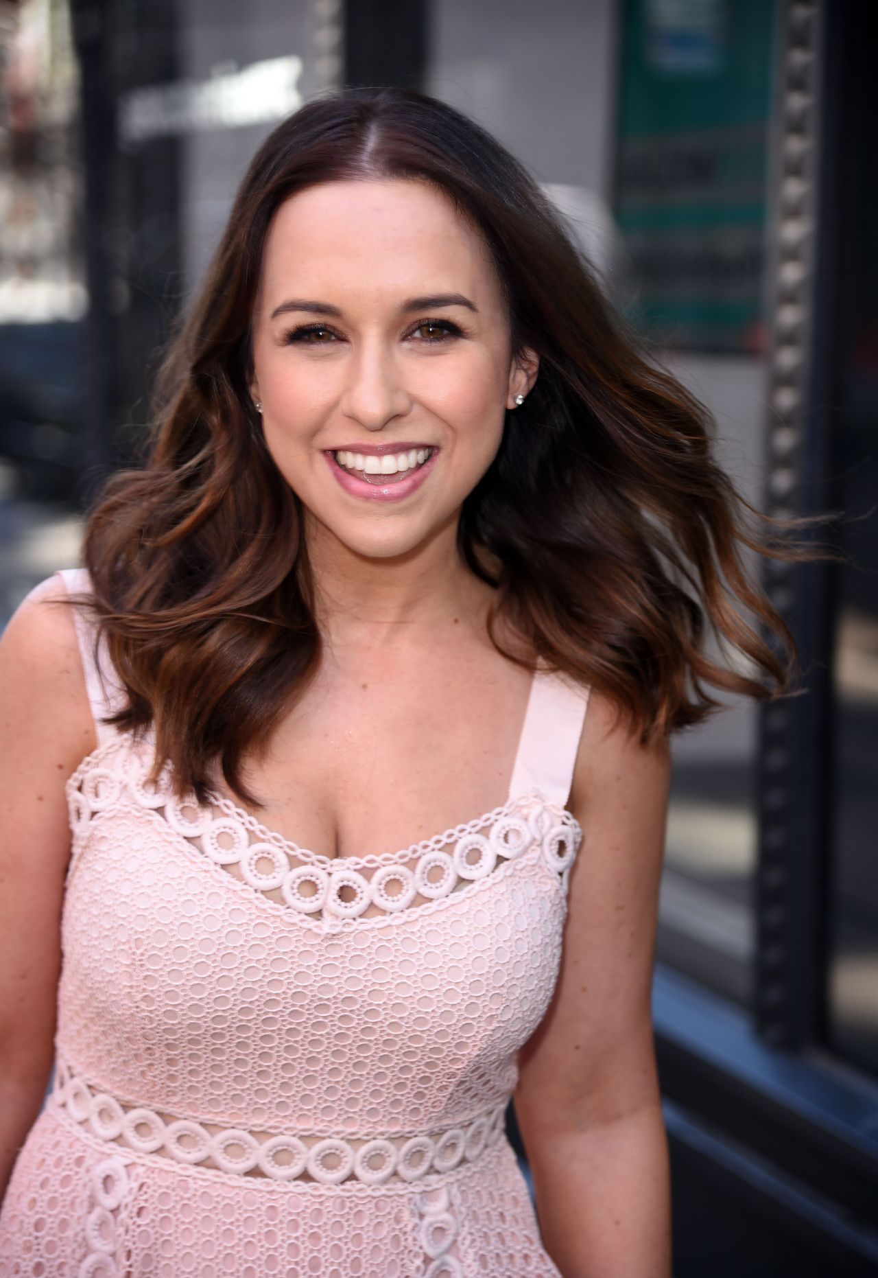 Lacey Chabert Cute Style At The Aol Build Speaker Series