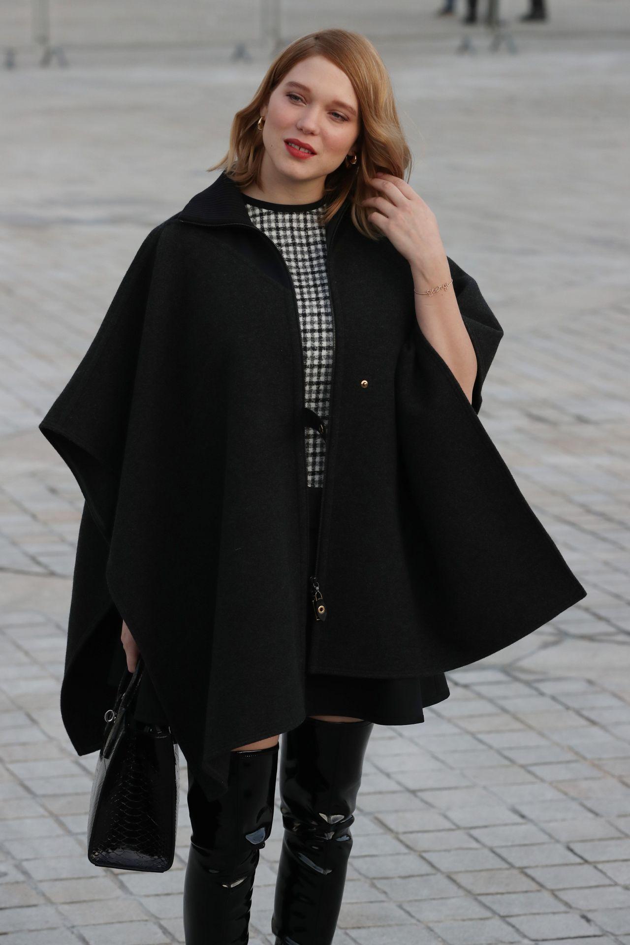 lea seydoux louis vuitton autumn winter fashion show in paris 3 7 2017. Black Bedroom Furniture Sets. Home Design Ideas