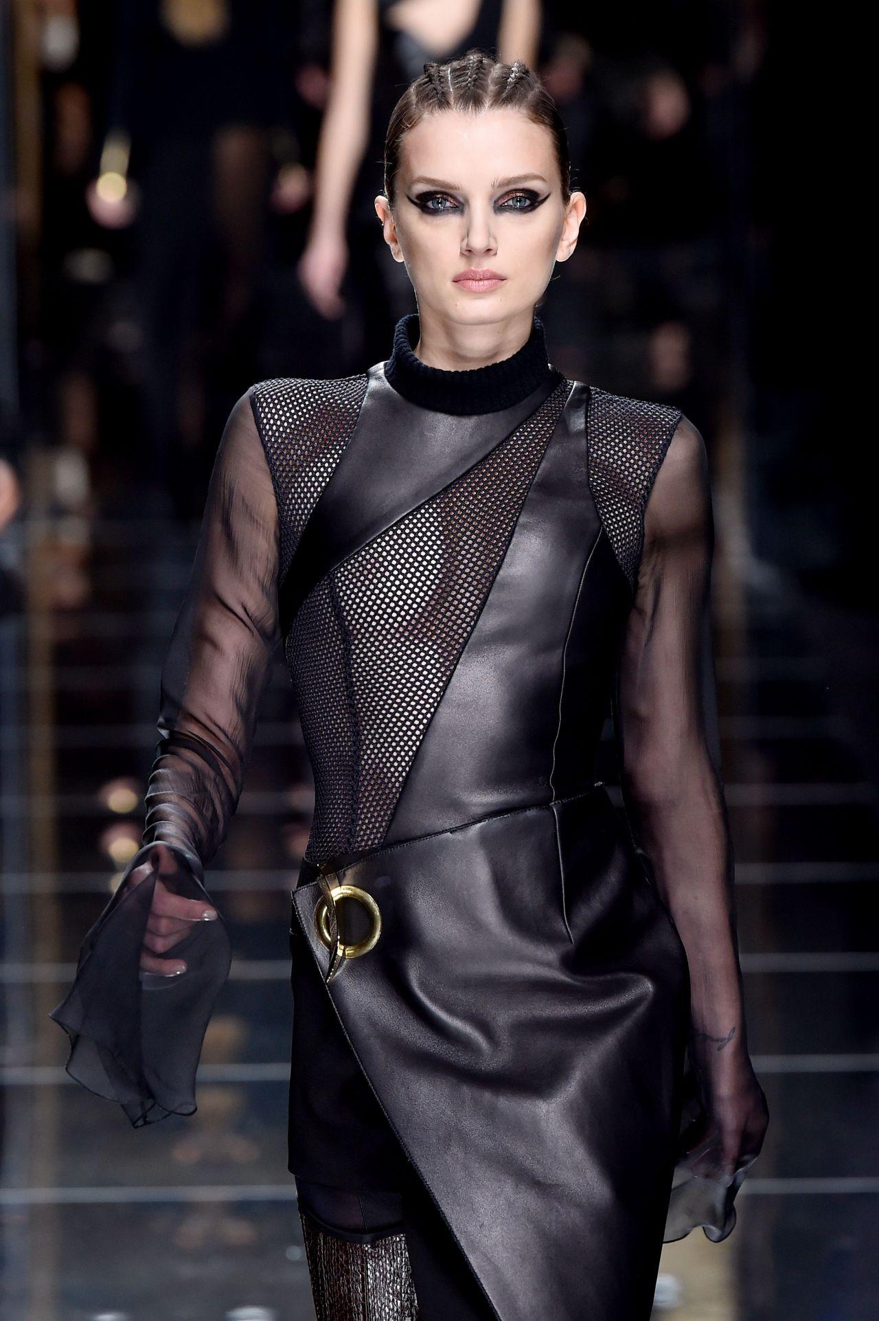 Lily Donaldson Walks Balmain Show Autumn Winter 2017 at Paris Fashion Week 3/2/ 2017