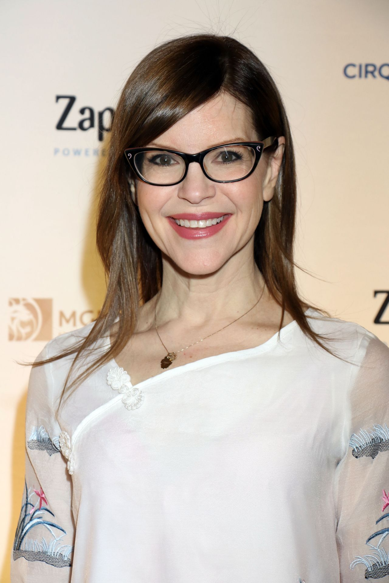 Lisa Loeb One Night For One Drop Event In Las Vegas 3