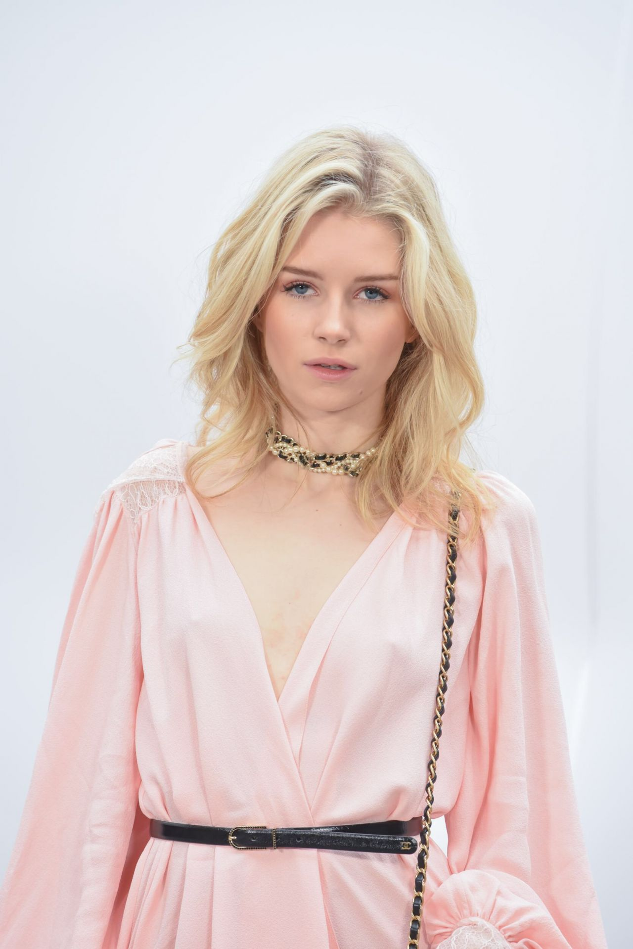 Lottie Moss Arriving To The Chanel Autumn Winter 2017