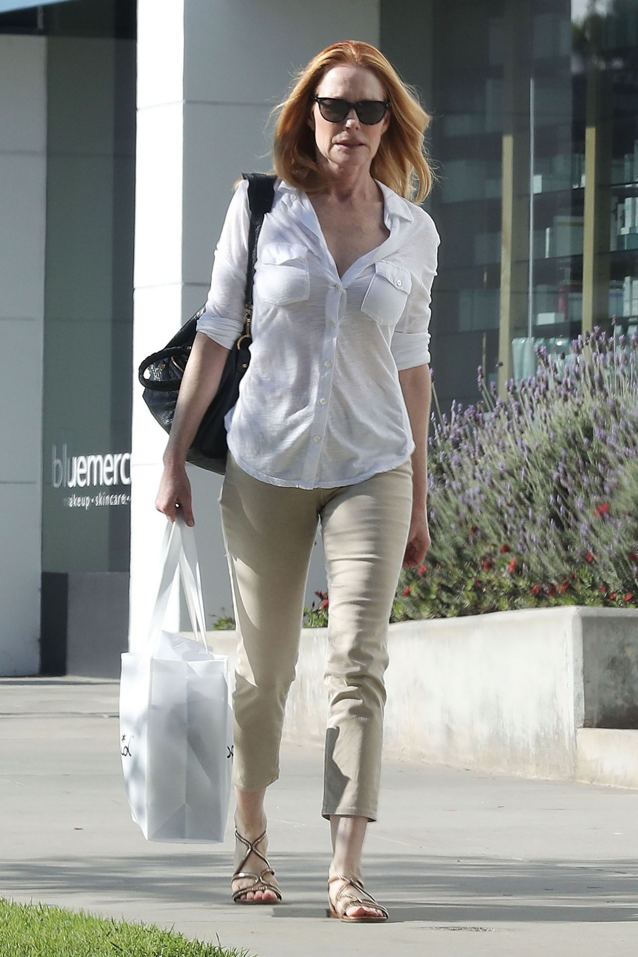 Marg Helgenberger Casual Style - Shopping at Splendid in Santa Monica 3/11/ 2017