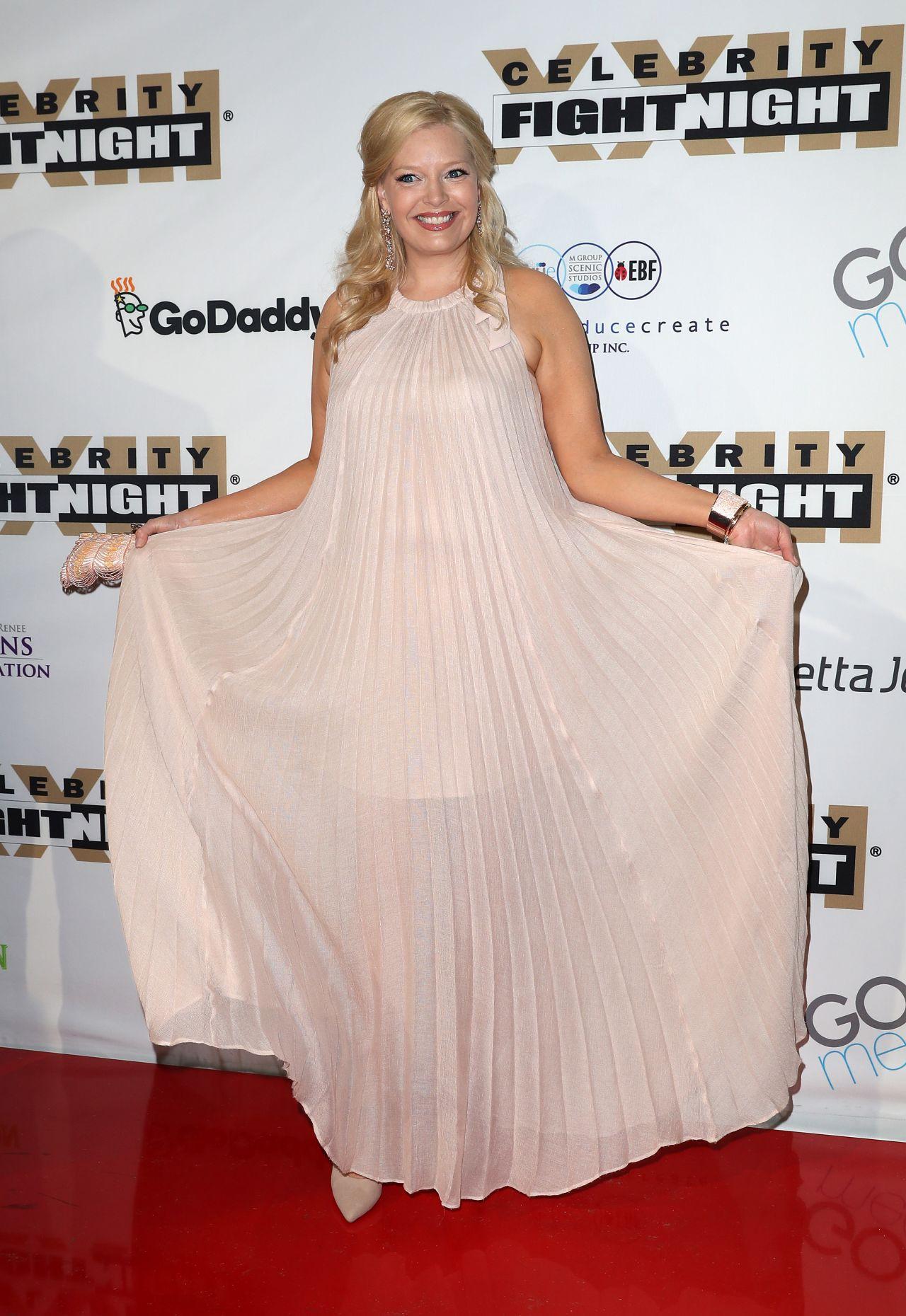 Melissa Peterman at Muhammad Ali's Celebrity Fight Night ...