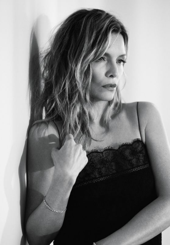 Michelle Pfeiffer - Interview April 2017 Cover and Pics