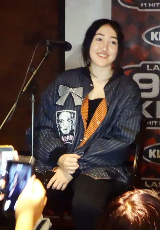 Noah Cyrus - Performs at Gameworks in Las Vegas 3/15/ 2017