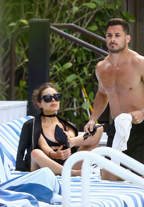 Olivia Culpo - Relaxing Poolside in Miami Beach 3/13/ 2017