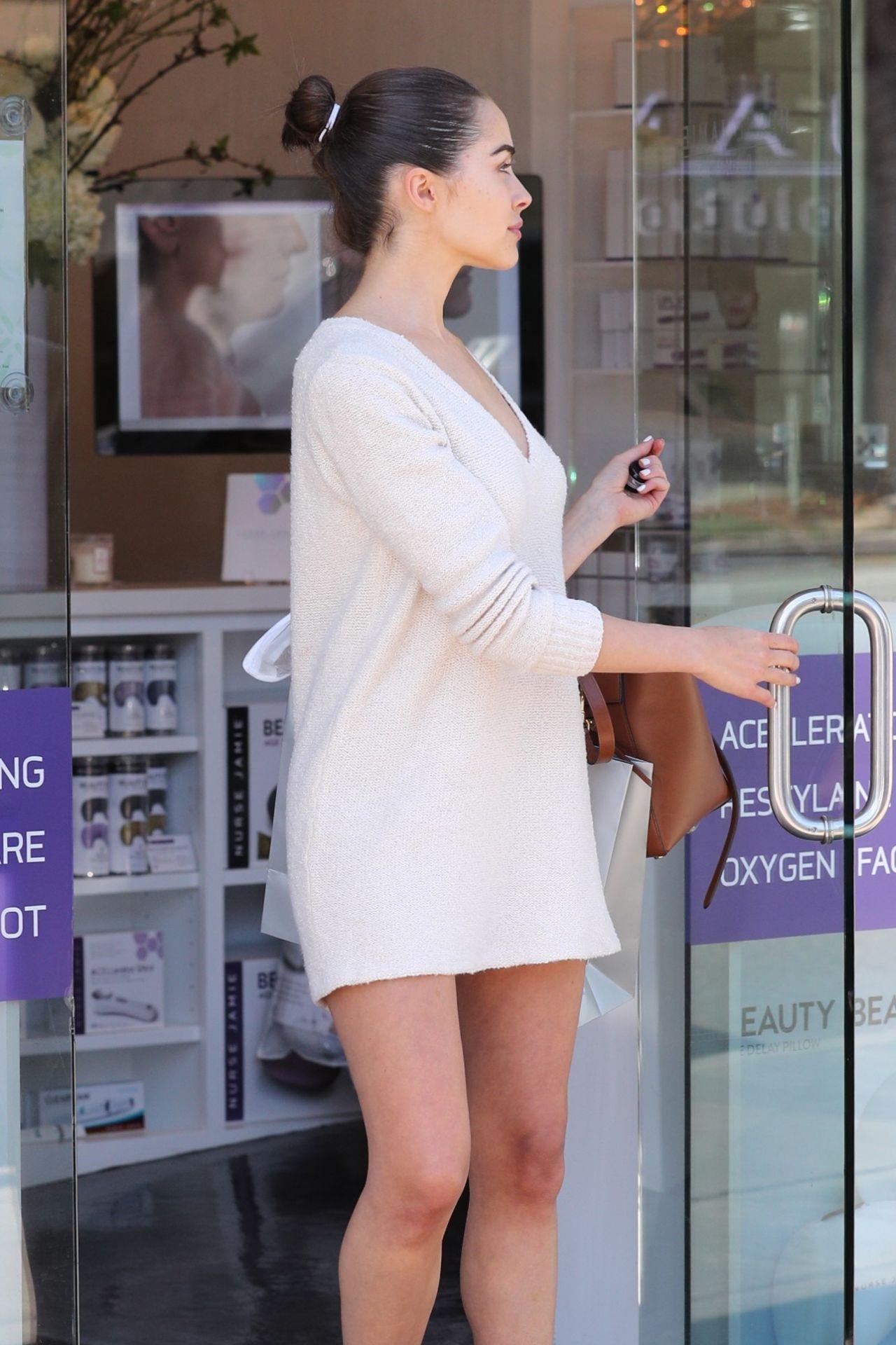 Olivia Culpo Shows Off Her Legs Leaving Nurse Jaime