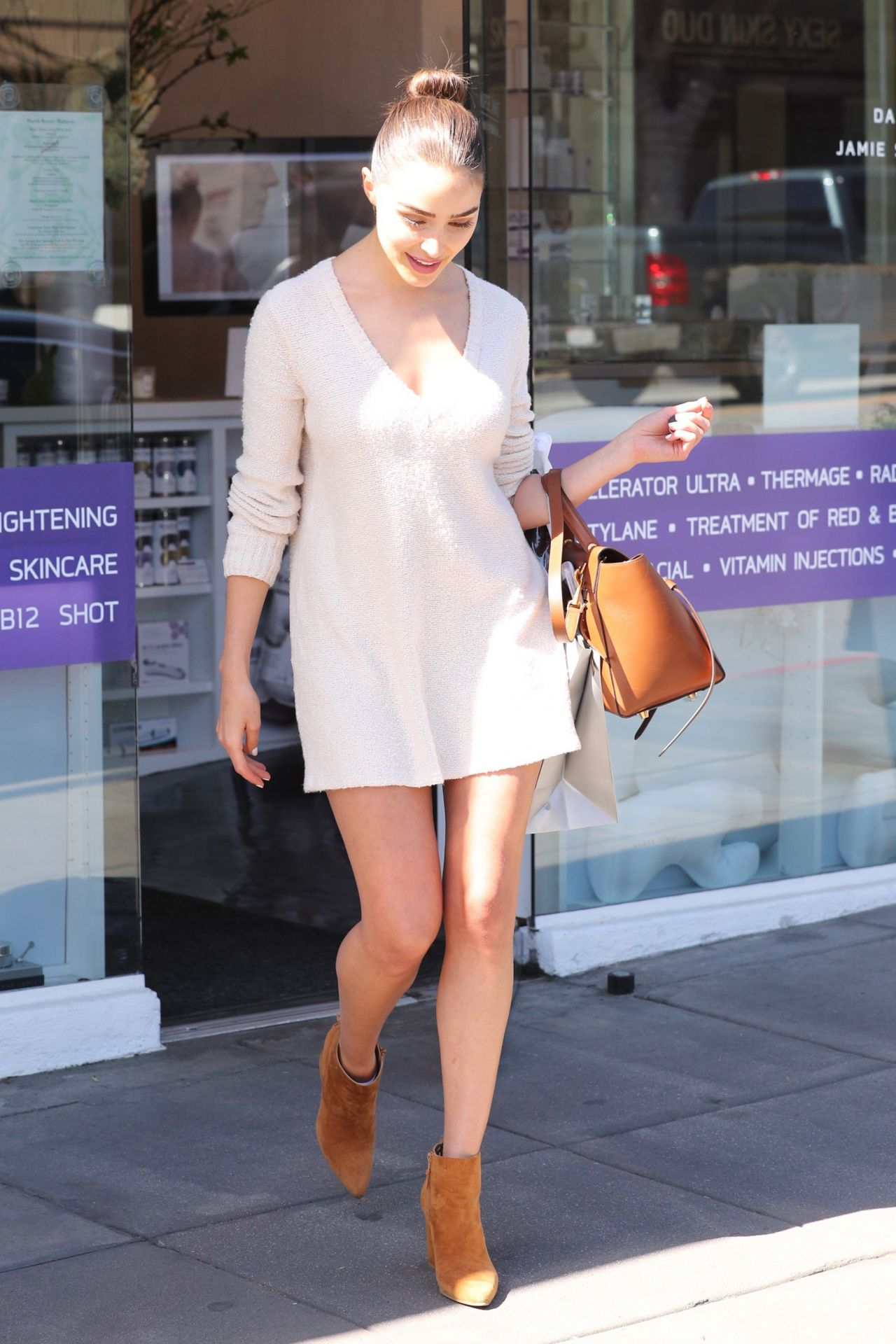 Olivia Culpo Shows Off Her Legs - Leaving Nurse Jaime ...
