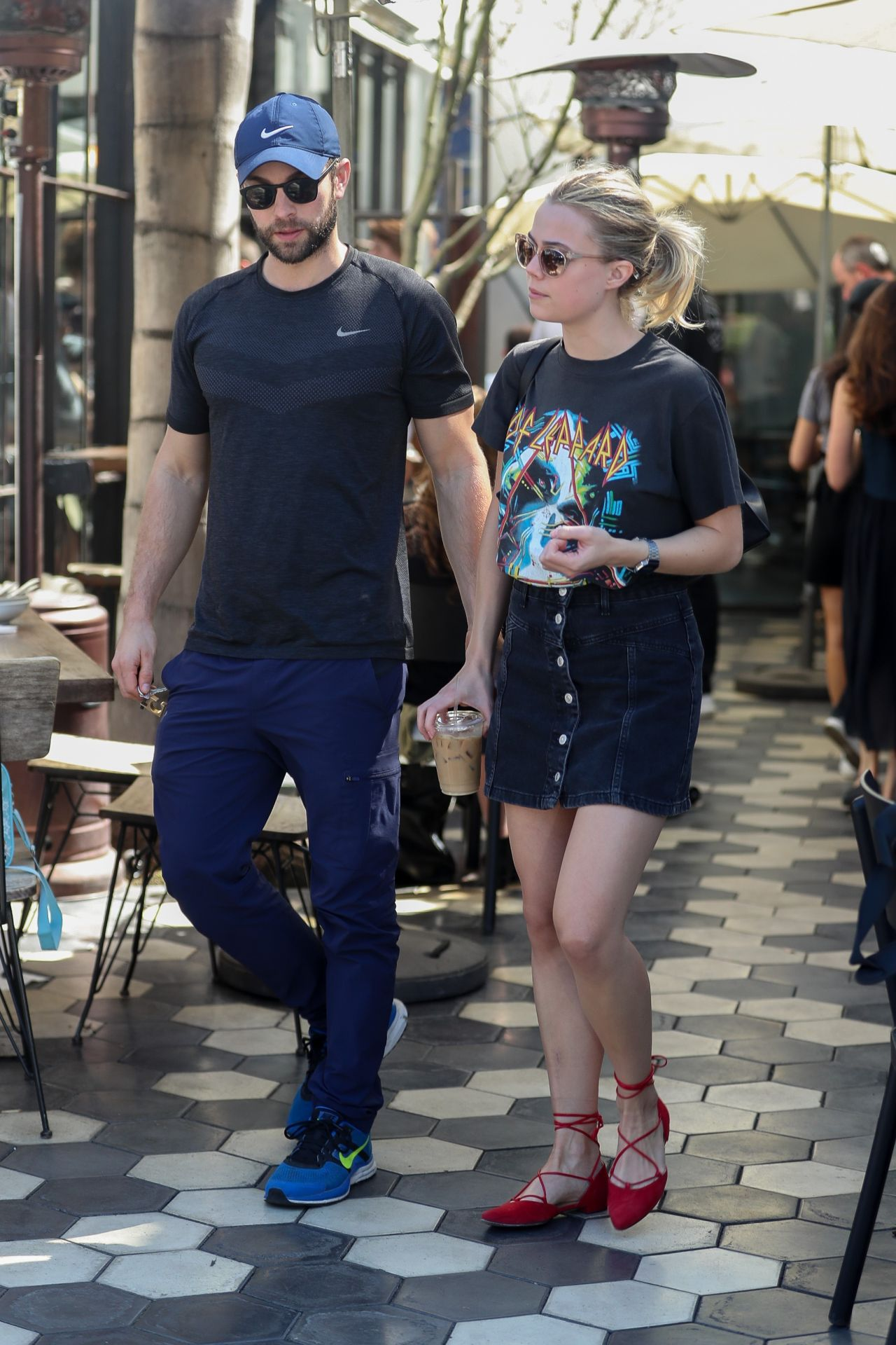 Rebecca Rittenhouse And Chace Crawford At Zinque Cafe In