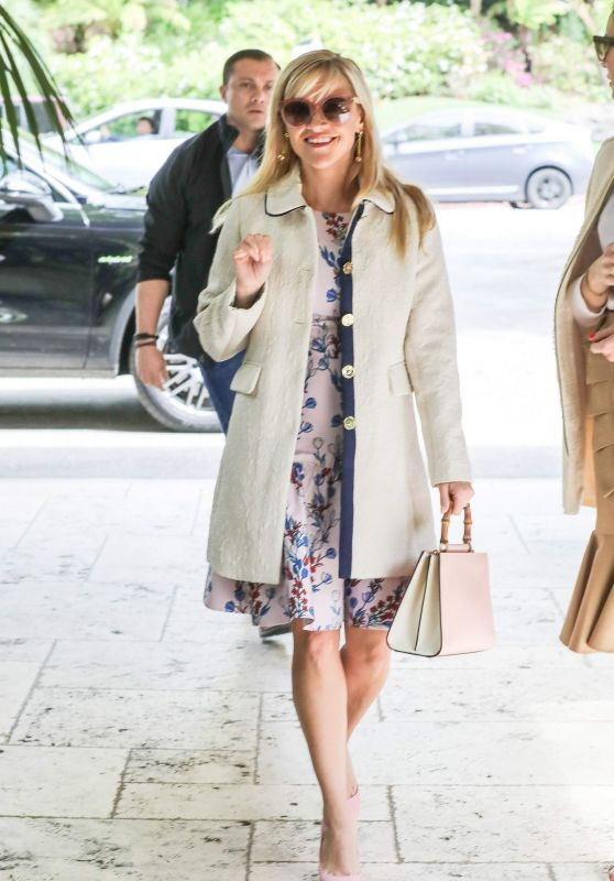 Reese Witherspoon at the Bel Air Hotel in LA 3/22/ 2017