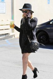 Reese Witherspoon - Out in Beverly Hills, Los Angeles 3/6/ 2017