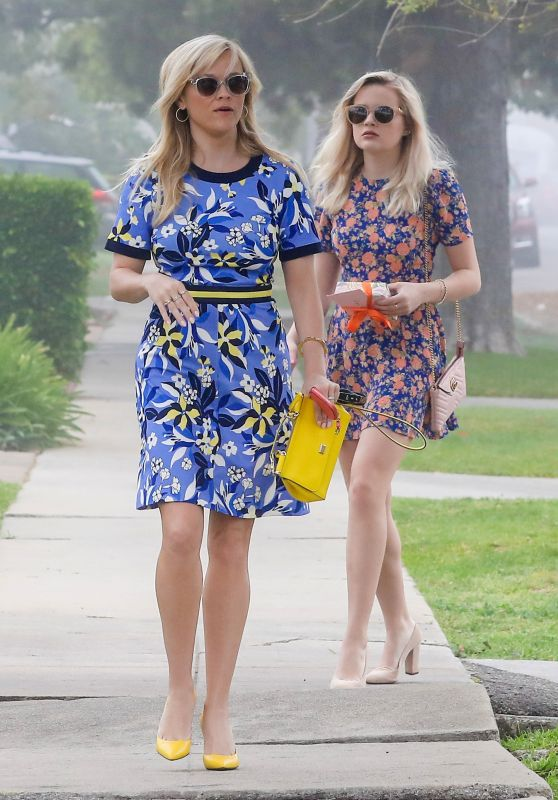 Reese Witherspoon Out With Her Daughter Ava Elizabeth Phillippe in Beverly Hills 3/12/ 2017