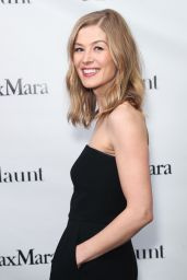 Rosamund Pike - Max Mara x Flaunt Dinner in Los Angeles 3/17/ 2017