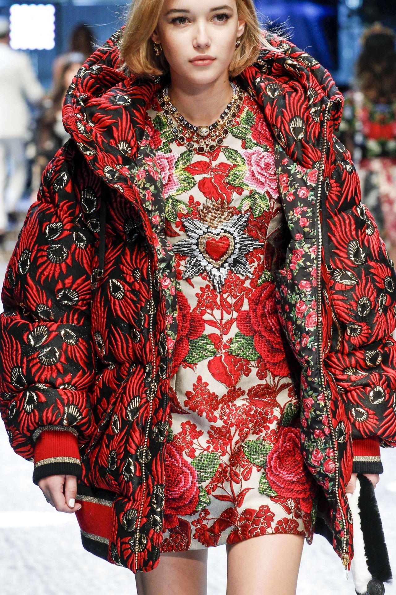 Dolce Gabbana Fashion Show Milan