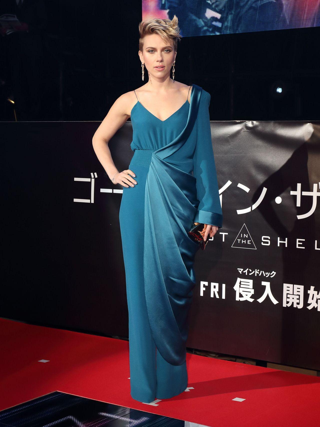 Scarlett Johansson Ghost In The Shell Red Carpet In Tokyo 3 16 2017 Celebmafia
