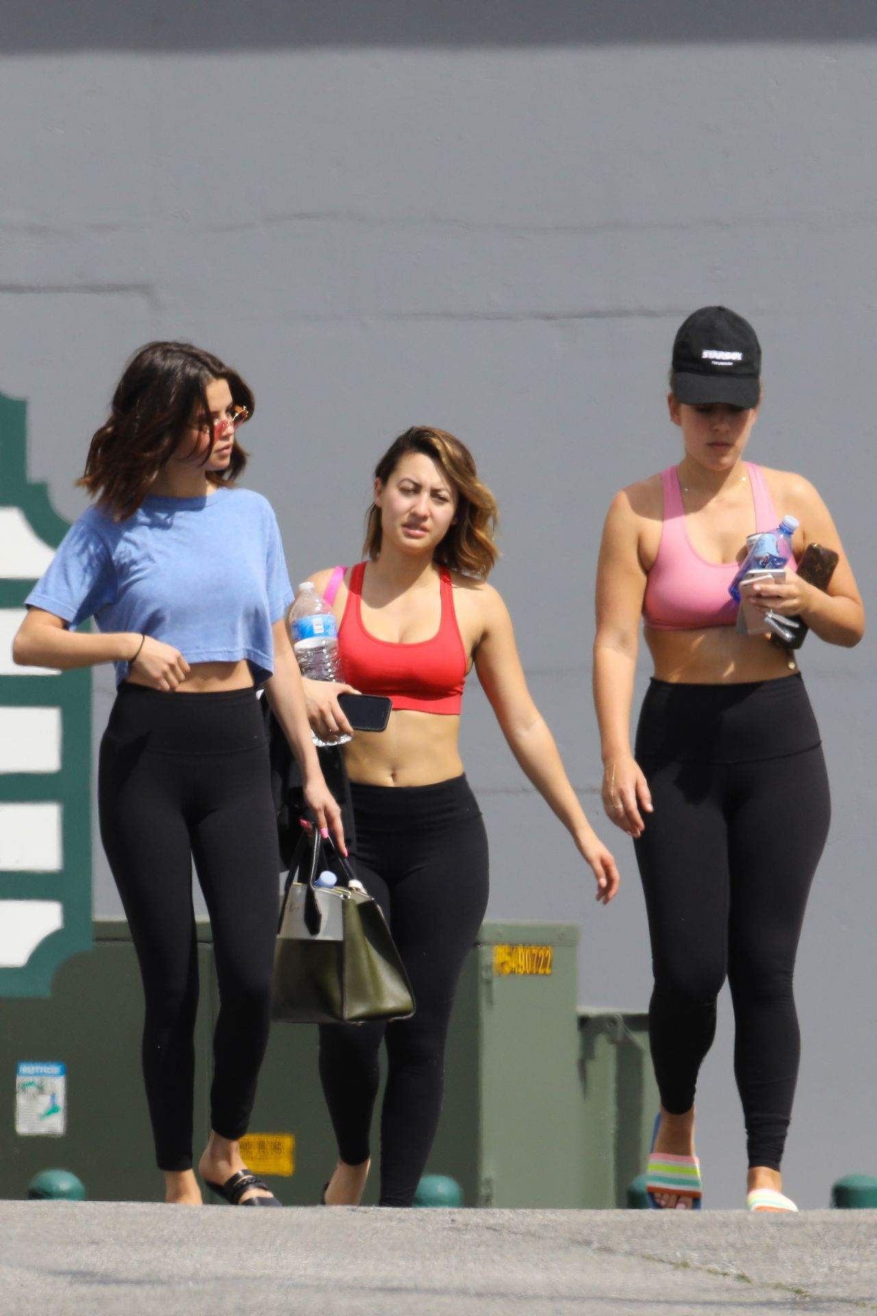 Selena Gomez In Tights Steps Out For Pilates With