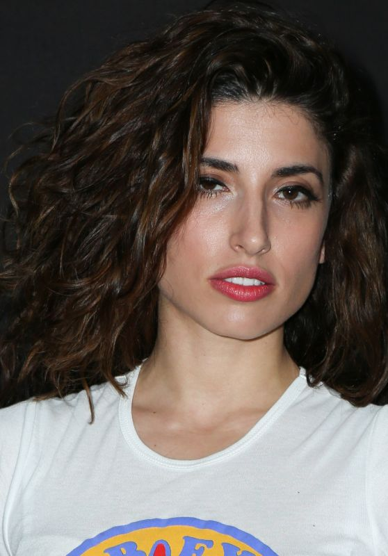 Tania Raymonde Nude Photos 26