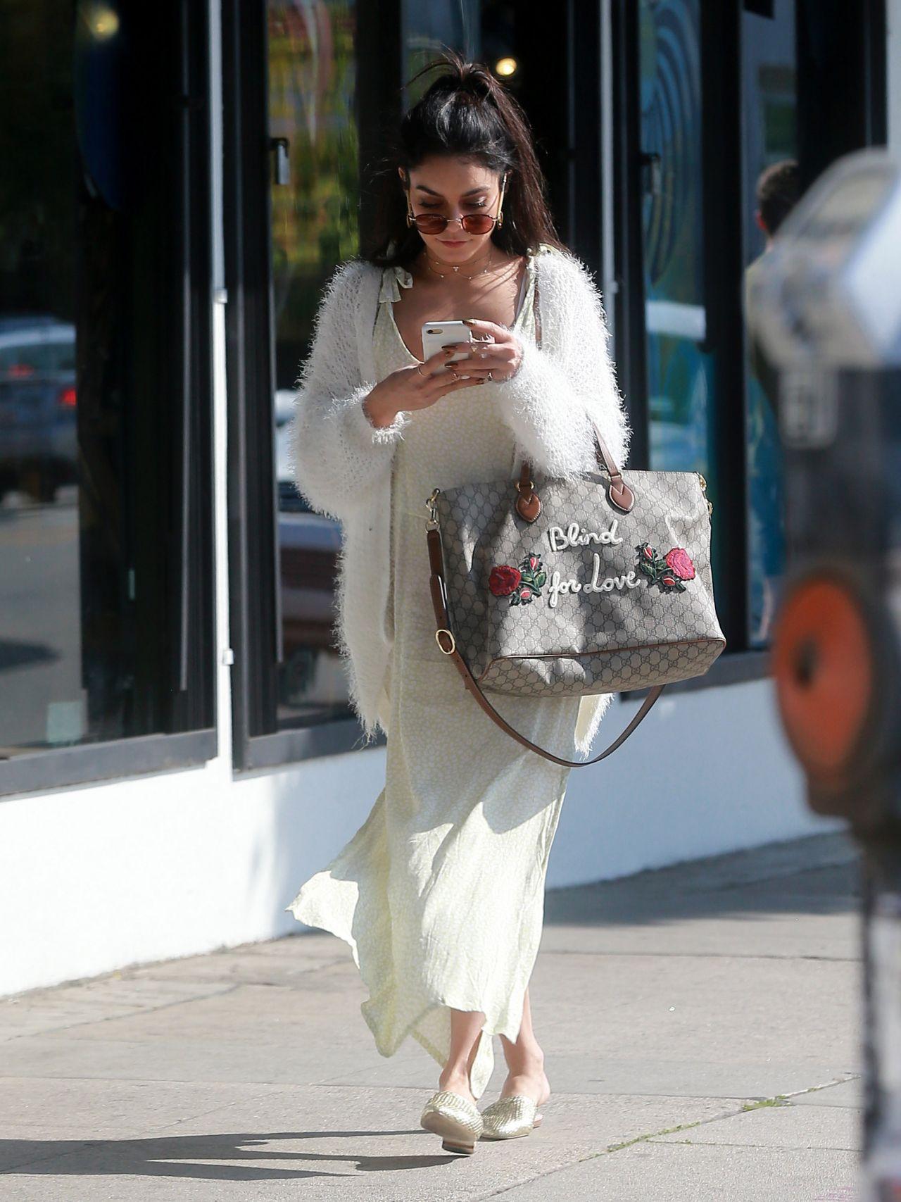Vanessa Hudgens Shopping In Hollywood California 3 26 2017