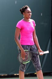 Venus Williams On The Practice Court - Miami Open in Key Biscayne 3/23/ 2017