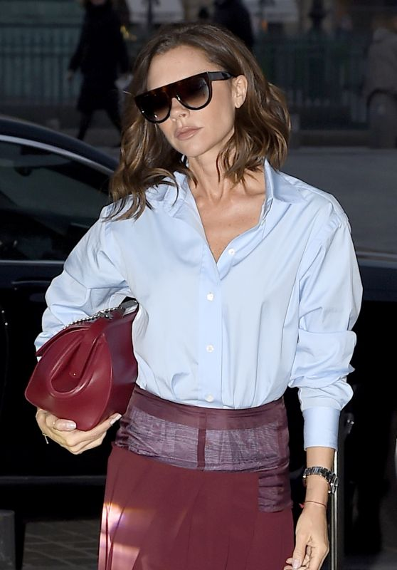 Victoria Beckham Style - Returns to Her Paris Hotel 3/10/ 2017